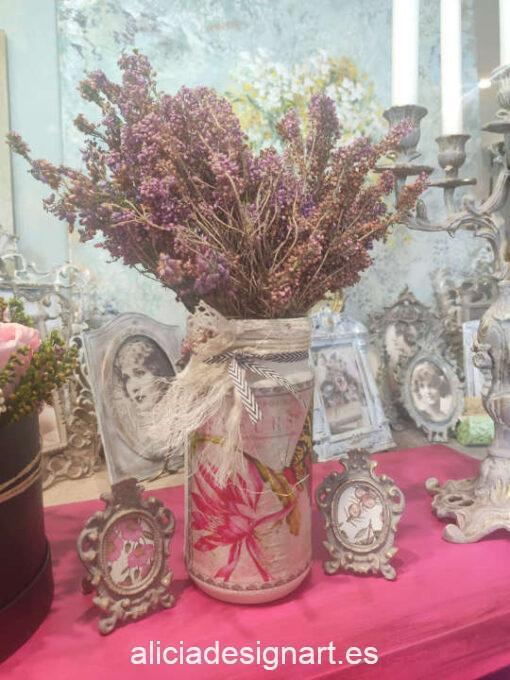 Jarrón Mariposa de cristal reciclado decorado estilo shabby chic romántico - Taller decoración de muebles antiguos Madrid estilo Shabby Chic, Provenzal, Romántico, Nórdico