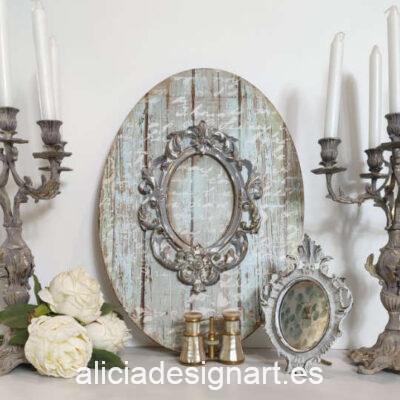 Lienzo ovalado con marco rococó y fondo de letras manuscritas - Taller decoración de muebles antiguos Madrid estilo Shabby Chic, Provenzal, Romántico, Nórdico