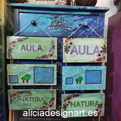 Cartel artesano hecho a medida con tablillas, para exterior - Taller decoración de muebles antiguos Alicia Designart Madrid.