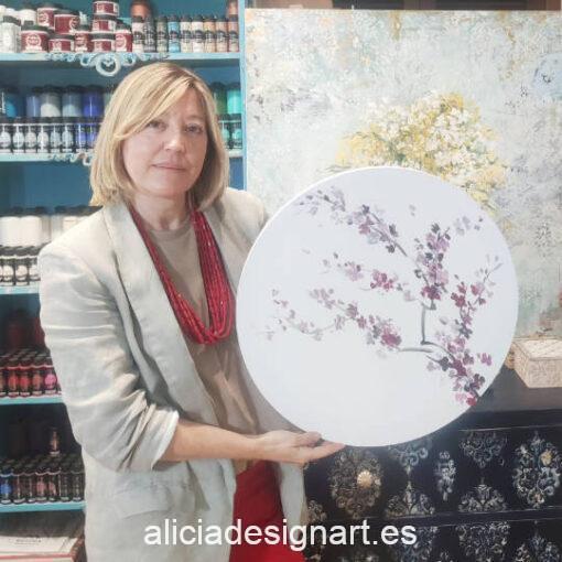Cuadro decorativo Sakura, realizado con pintura acrílica sobre lienzo redondo - Taller de decoración de muebles antiguos Madrid estilo Shabby Chic, Provenzal, Romántico, Nórdico