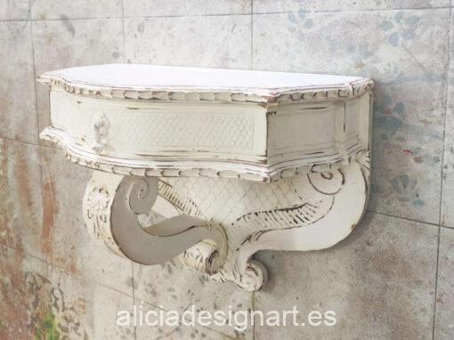 Peana repisa antigua de madera maciza talada - Taller de decoración de muebles antiguos Alicia Designart Madrid